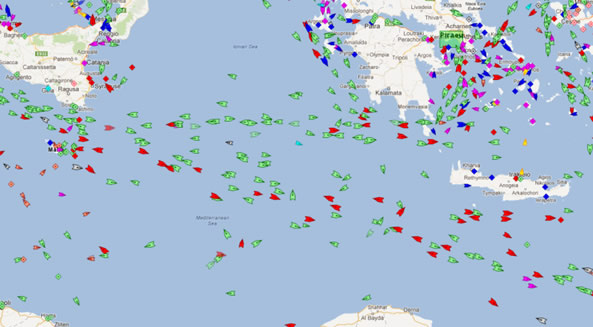 Real-time view of ships and boats in the Mediterranean (www.marinetraffic.com)